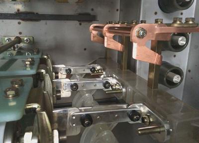 DWPGS-12气体绝缘金属封闭开关设备(SF6充气柜)-产品特点_副本.jpg